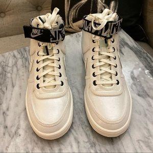 "Nike VANDAL HIGH ""LA"""